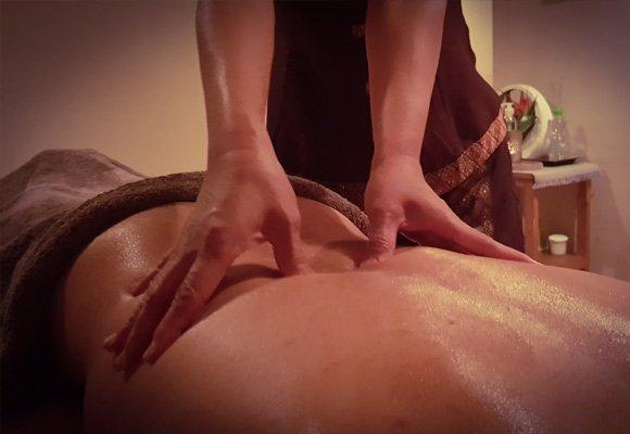 Massage du dos et de l'épaule